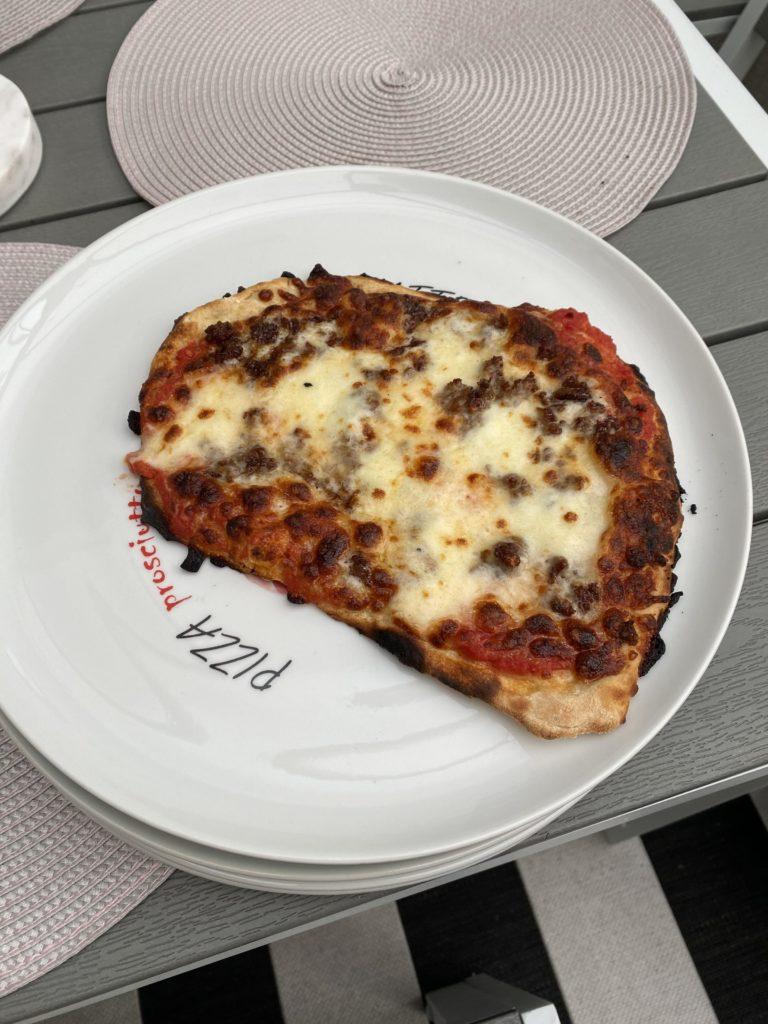 Valmis Pizza.