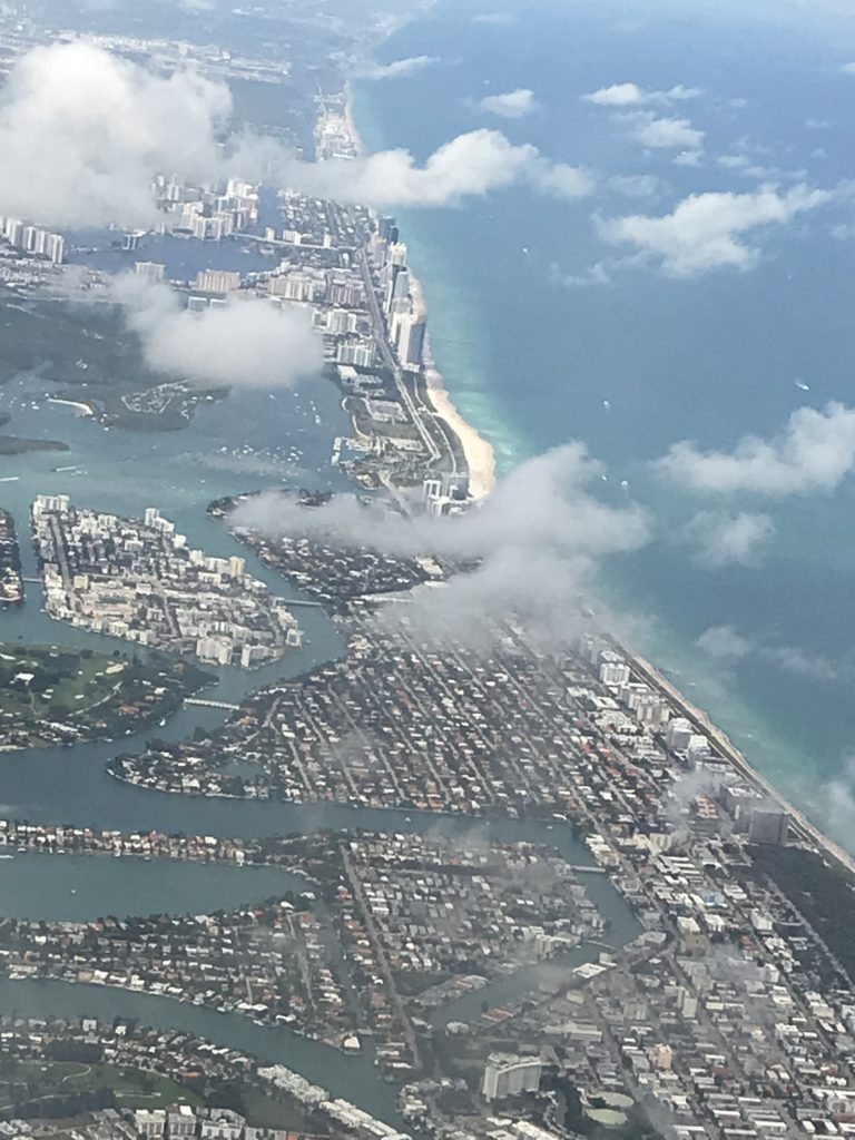 Kotiin lähdön aika. Fort Lauderdale lentokoneesta.