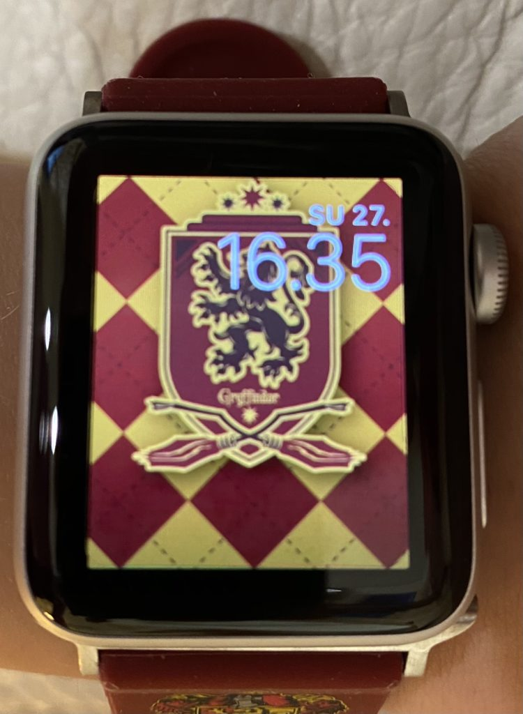 Apple Watchit ja Harry Potter rannekkeet.