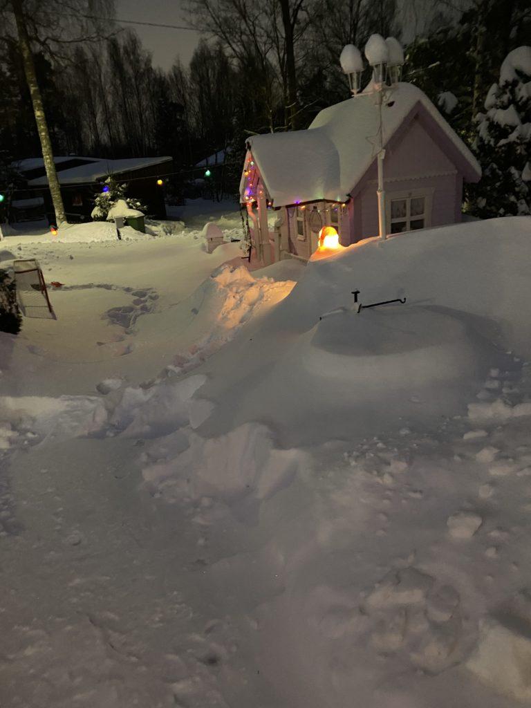 Omakotitalon vuosittaiset huoltotyöt - talvi