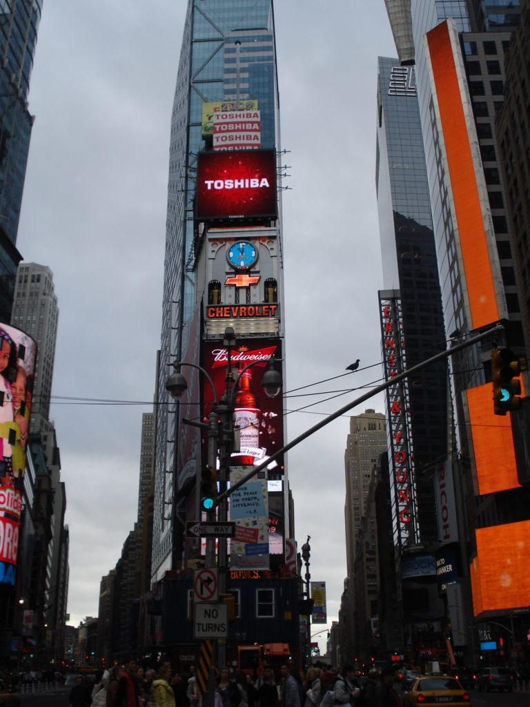 10 kaupunkia. New York & Time Square.