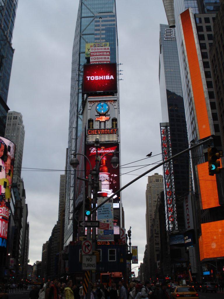 10 kaupunkia. New York & Time Square.
