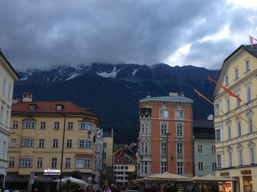Innsbruckin vaikuttavat maisemat.