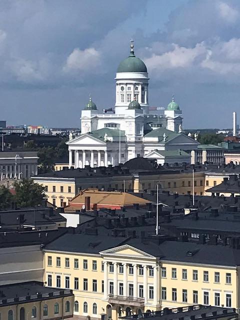 Päivä Helsingissä. Näkymä Skywheelistä.