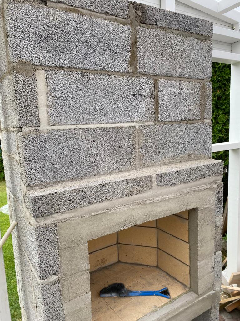 Takan muuraminen pihalle osa2.
